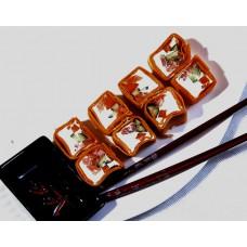 «Горячая тортилья с курицей тиреяки» горячие роллы